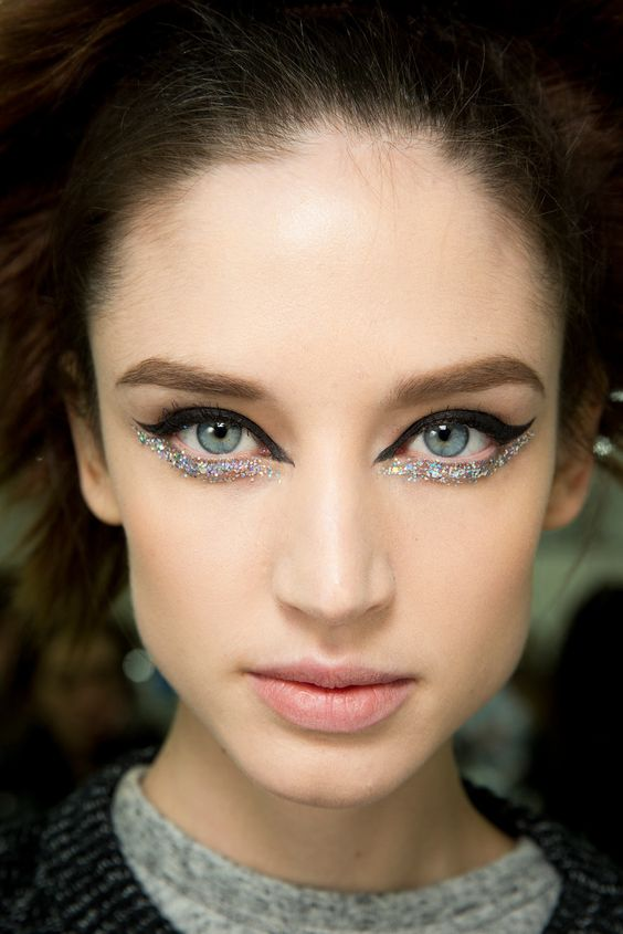 MAKE UP IDEAS FOR CHRISTMAS PARTIES